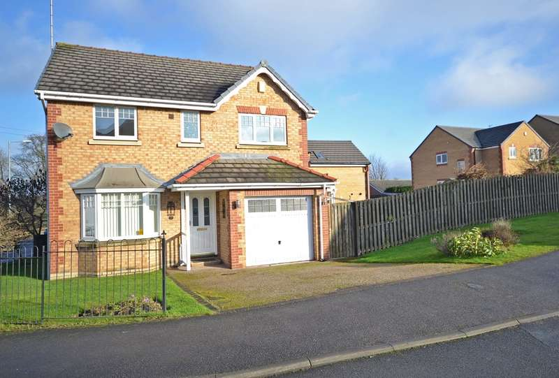 4 Bedrooms Detached House for sale in Clarke Hall Road, Stanley, Wakefield