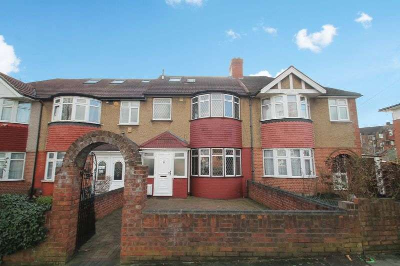 4 Bedrooms Terraced House for sale in Whitton Avenue West, Greenford
