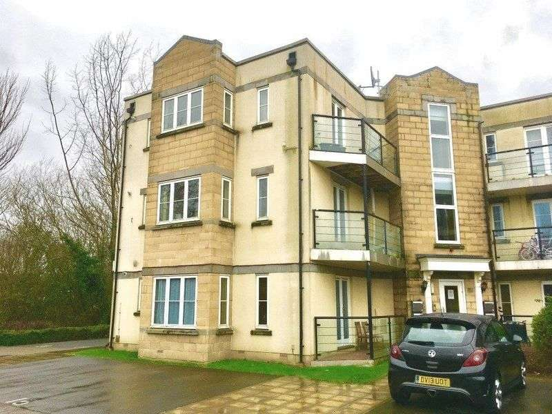 2 Bedrooms Flat for sale in Stormont Court, Weston-super-Mare