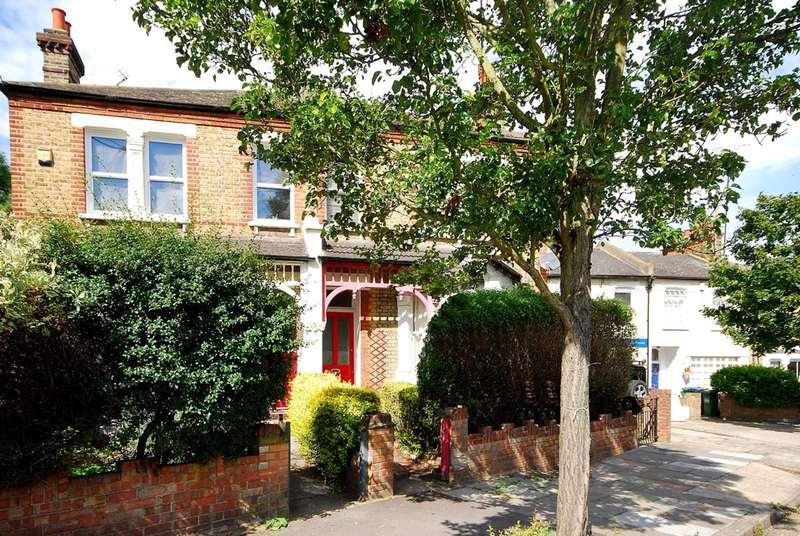 2 Bedrooms Flat for sale in Westcombe Hill, Blackheath, SE3