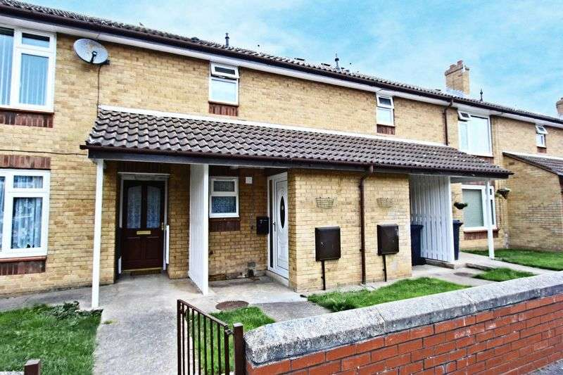 1 Bedroom Flat for sale in Massey Close, Hull