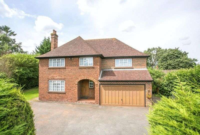 4 Bedrooms Detached House for sale in Borough Green