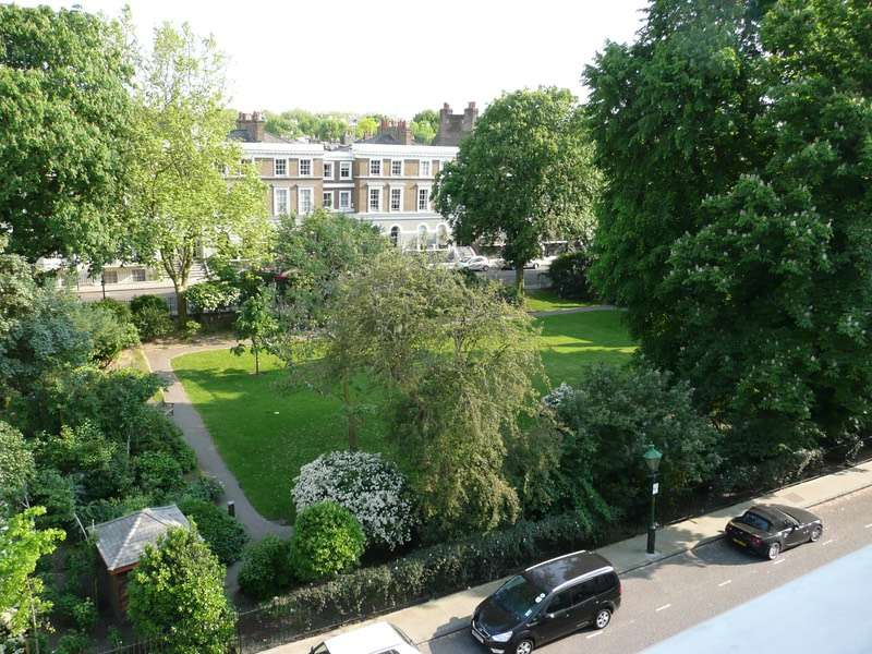1 Bedroom Flat for sale in St. James's Gardens, London, London, W11