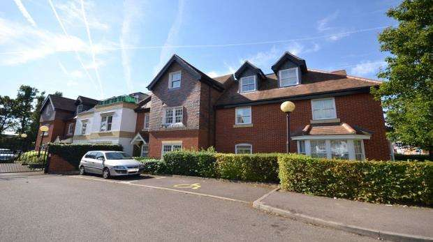 1 Bedroom Retirement Property for sale in Penn House, Jennery Lane, Burnham