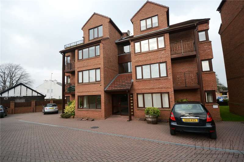 2 Bedrooms Flat for sale in Mount Avenue, Heswall, Wirral