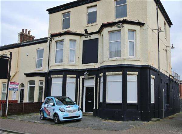 9 Bedrooms Property for sale in High Street, Blackpool