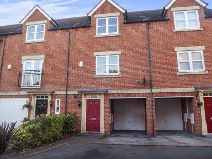3 Bedrooms Town House for sale in New Orchard Place, Mickleover, Derby, Derbyshire
