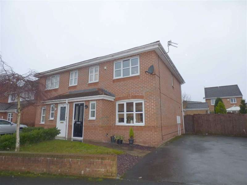 3 Bedrooms Property for sale in Aspenwood Drive, Blackley, Manchester, M9