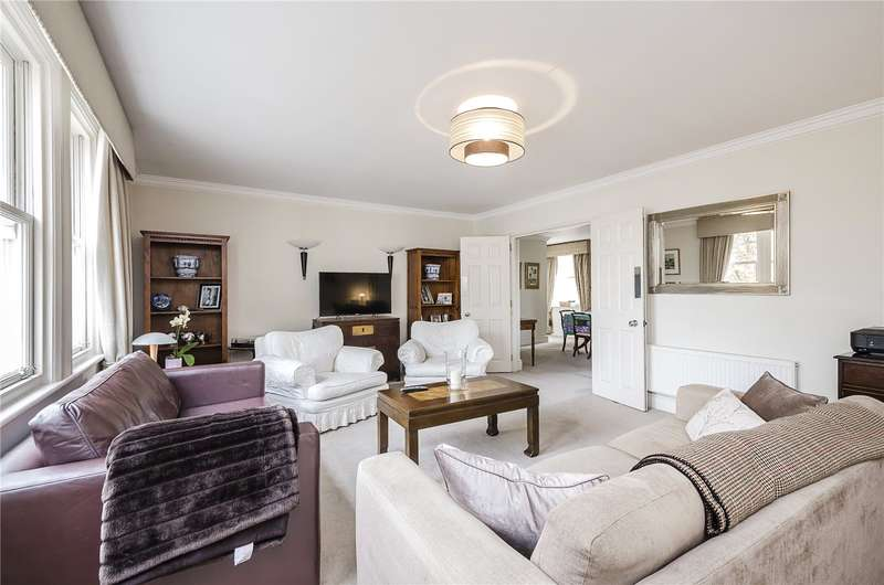 2 Bedrooms Flat for sale in Devonshire House, Lindsay Square, London, SW1V