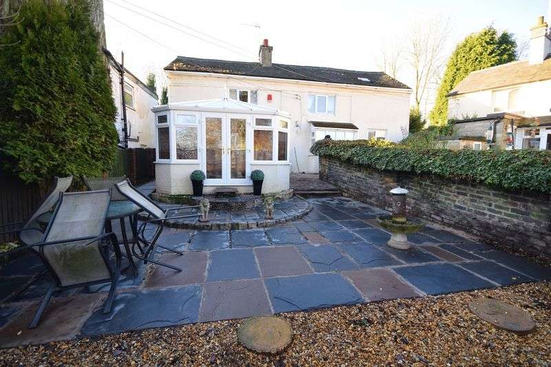 2 Bedrooms Detached House for sale in Colclough Lane, Goldenhill