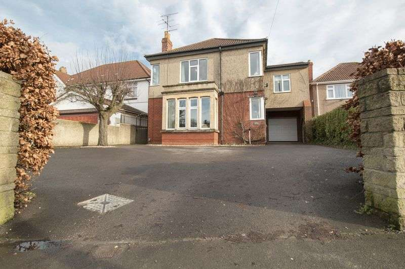 4 Bedrooms Detached House for sale in Wells Road, Whitchurch