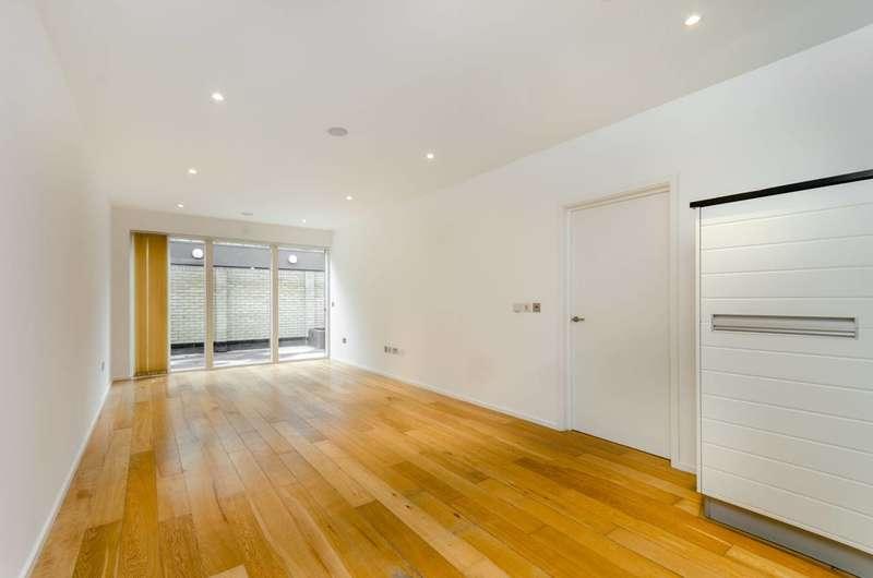 1 Bedroom Flat for sale in Heathfield Road, Wandsworth, SW18