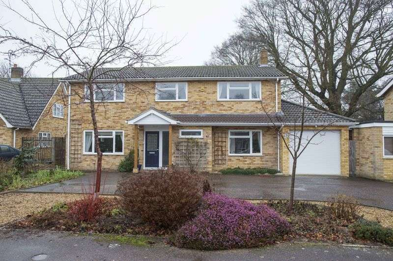 4 Bedrooms Detached House for sale in Conyers Way, Great Barton