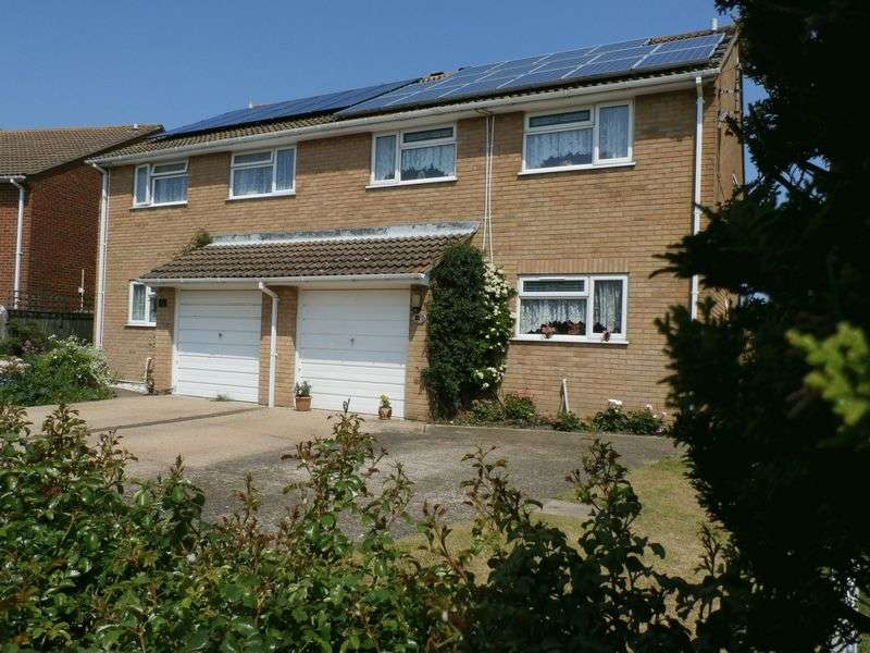 4 Bedrooms Semi Detached House for sale in Playing Fields, Sandwich
