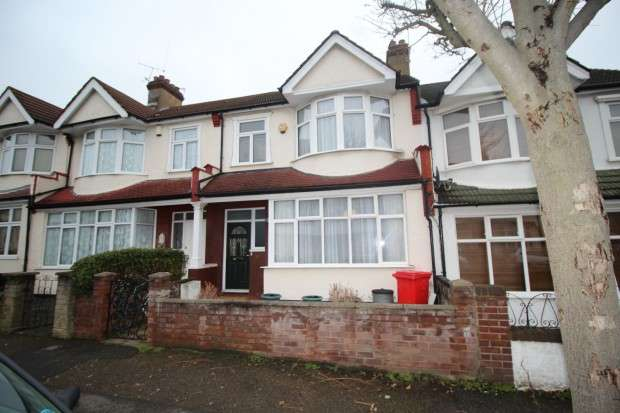 3 Bedrooms Terraced House for sale in Westbury Road, London, SE20