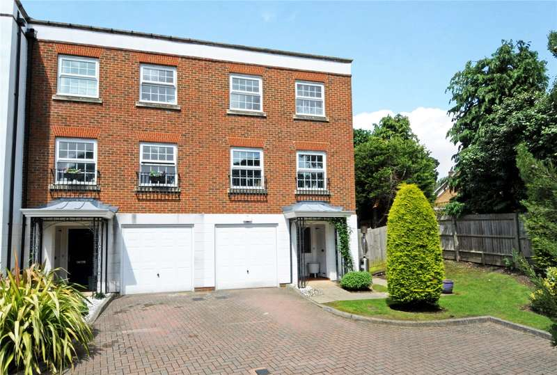 4 Bedrooms Semi Detached House for sale in Thorne Close, Claygate, Esher, Surrey, KT10