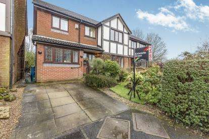 6 Bedrooms Detached House for sale in Cottage Fields, Chorley, Lancashire, PR7
