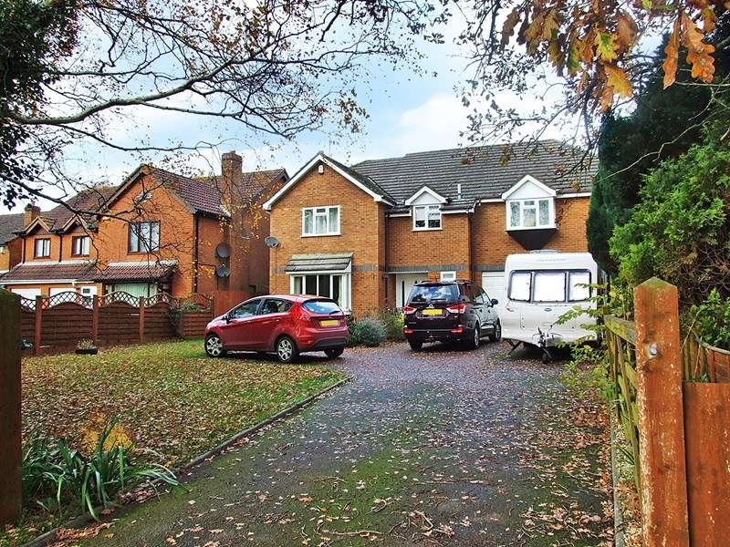 6 Bedrooms Detached House for sale in Deans Drove, Lytchett Matravers, Poole