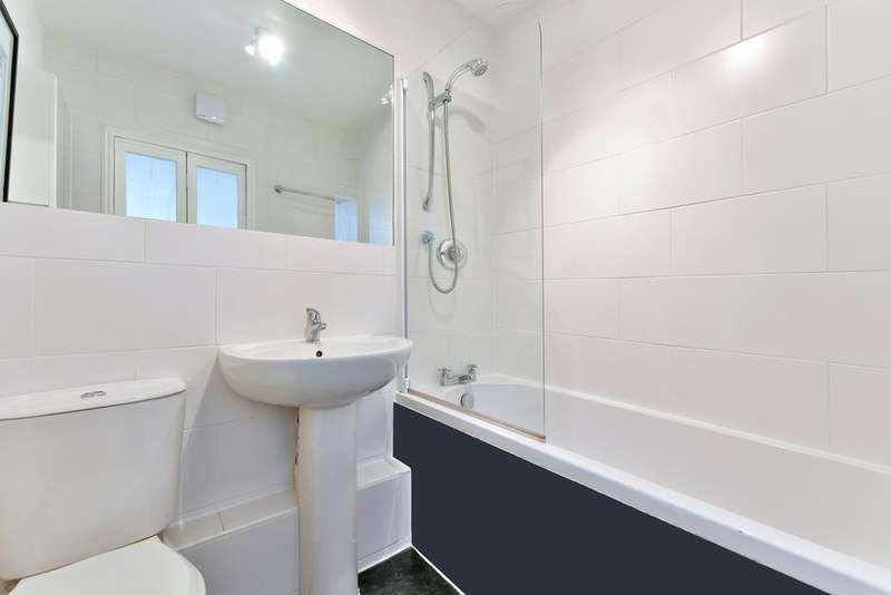 1 Bedroom Flat for sale in Iliffe Street, London SE17