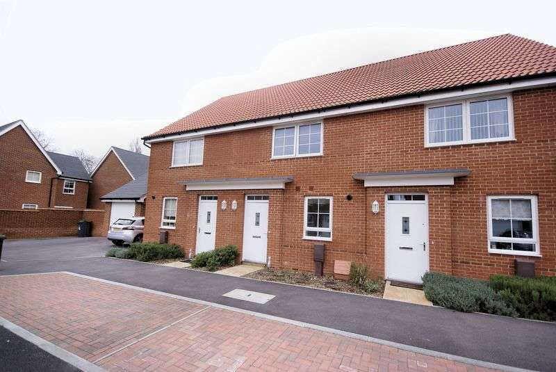 2 Bedrooms Terraced House for sale in Cockerell Close, Lee-On-The-Solent