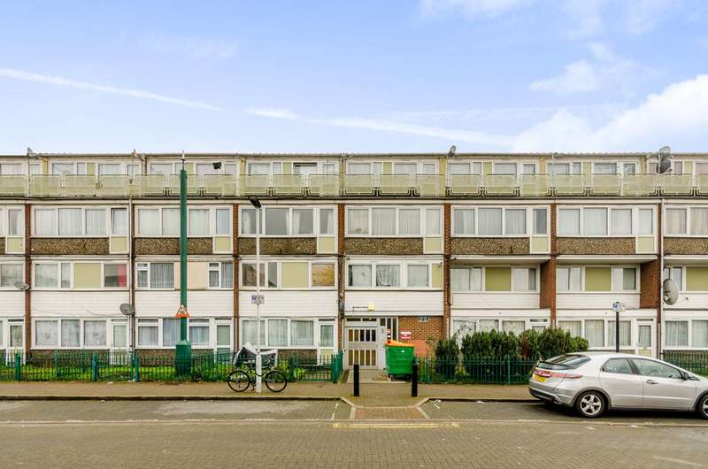 2 Bedrooms Flat for sale in Snowshill Road, Manor Park, E12