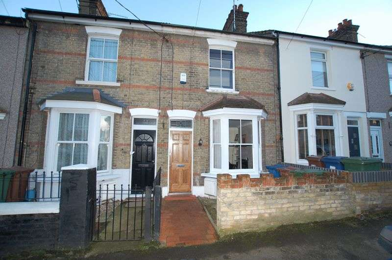 2 Bedrooms Terraced House for sale in Little Thurrock