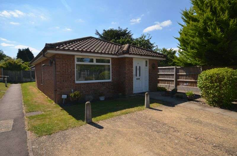 2 Bedrooms Retirement Property for sale in Sprowston, Norwich