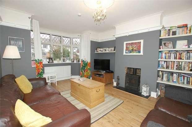 4 Bedrooms Semi Detached House for sale in Braeside, BECKENHAM, Kent