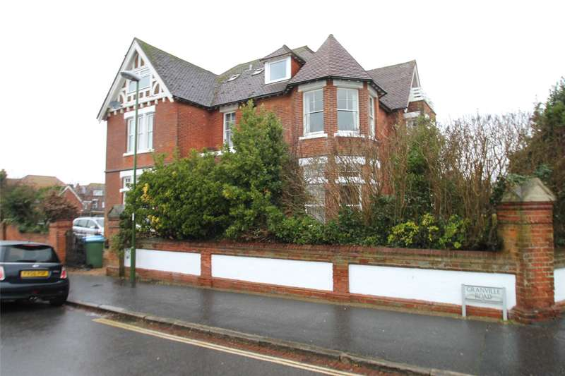 1 Bedroom Apartment Flat for sale in Granville Road, Littlehampton, West Sussex, BN17
