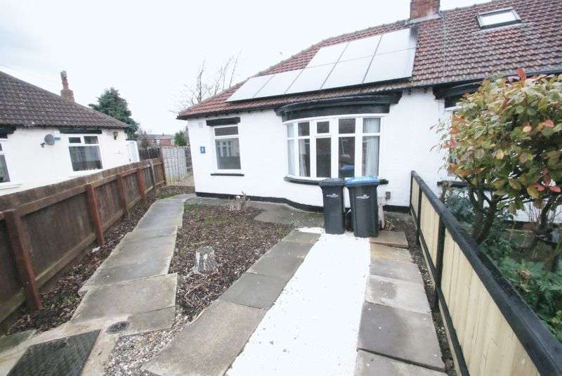 2 Bedrooms Semi Detached Bungalow for sale in Broadgate Gardens, Middlesbrough