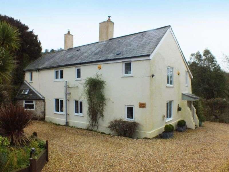 7 Bedrooms Detached House for sale in The Green, Morcombelake DT6 6EA