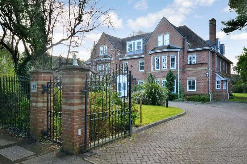 2 Bedrooms Flat for sale in Pine House, Talbot Avenue, Talbot Woods, Bournemouth