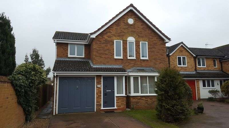 4 Bedrooms Detached House for sale in Deben Valley Drive, Kesgrave