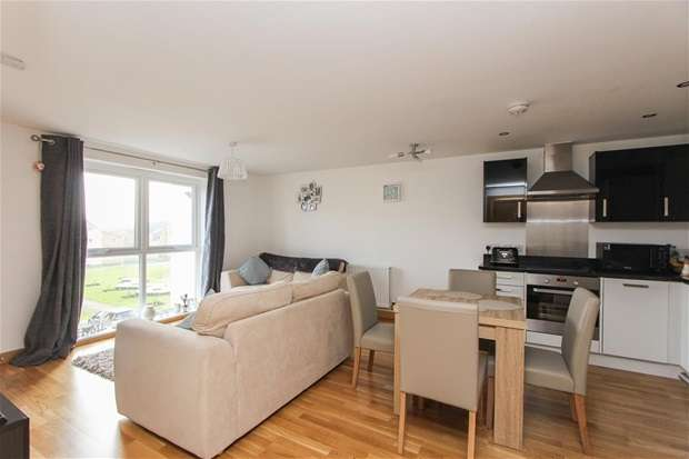 1 Bedroom Flat for sale in Olympia Way, Whitstable