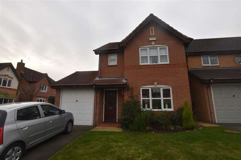 3 Bedrooms Detached House for sale in Fishponds Way, Loughborough