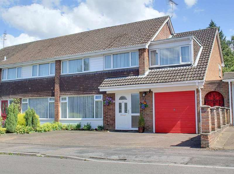 4 Bedrooms Semi Detached House for sale in 4 BEDROOMS WITH 100` GARDEN IN Green Dell Way, LEVERSTOCK GREEN