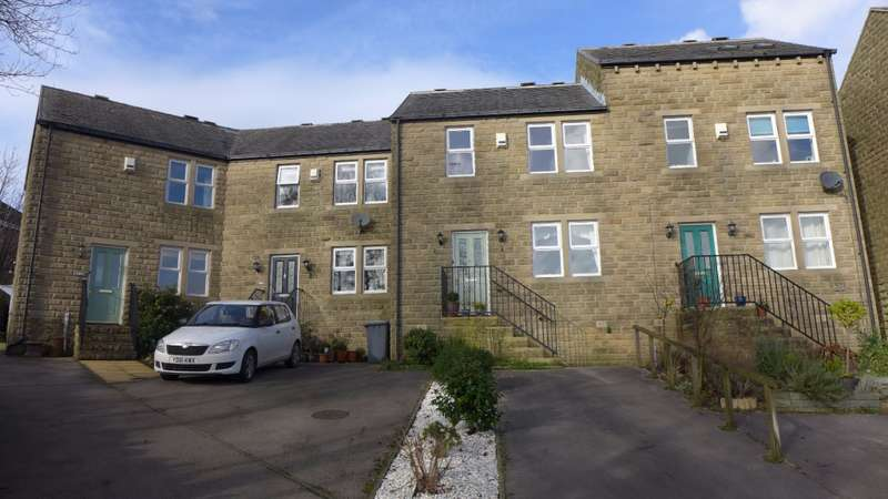 2 Bedrooms Terraced House for sale in Broadfield Park, Holmfirth, HD9