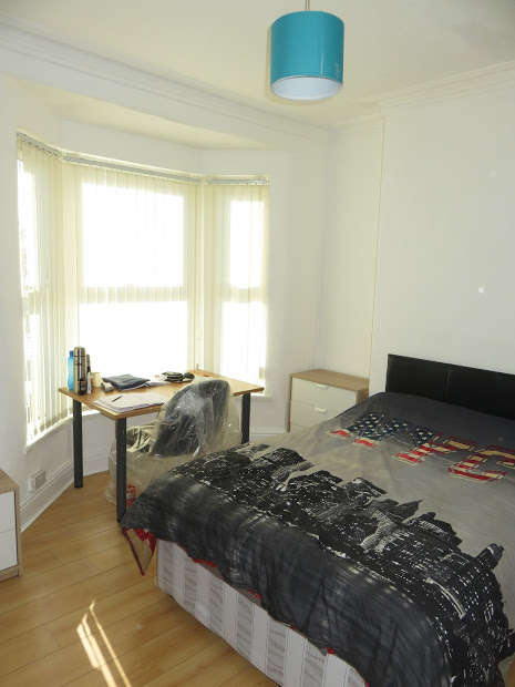 4 Bedrooms Terraced House for rent in Connaught Road, Kensington Fields, Liverpool, L7