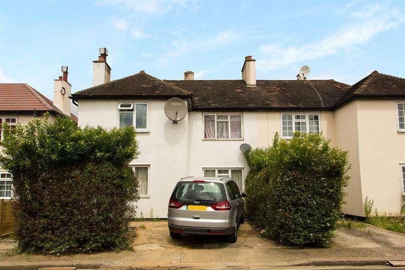 4 Bedrooms Terraced House for sale in Norbroke Street, Shepherds Bush, W12
