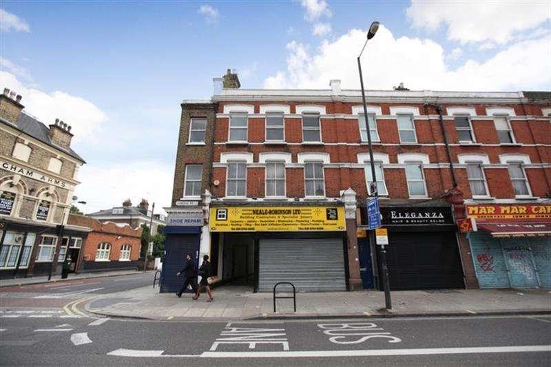 Maisonette Flat for sale in Uxbridge Road, Shepherds Bush, W12