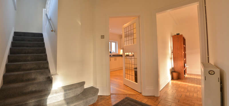 4 Bedrooms Detached House for sale in Maldon Road, Burnham-on-Crouch