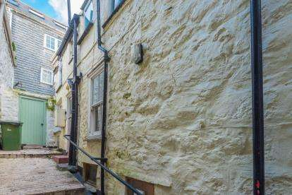 3 Bedrooms Terraced House for sale in St.Ives, Cornwall