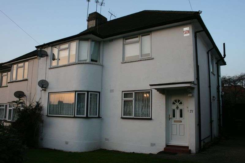2 Bedrooms Maisonette Flat for sale in 2 Double bedroom ground floor - Westmere Drive, Mill Hill NW7
