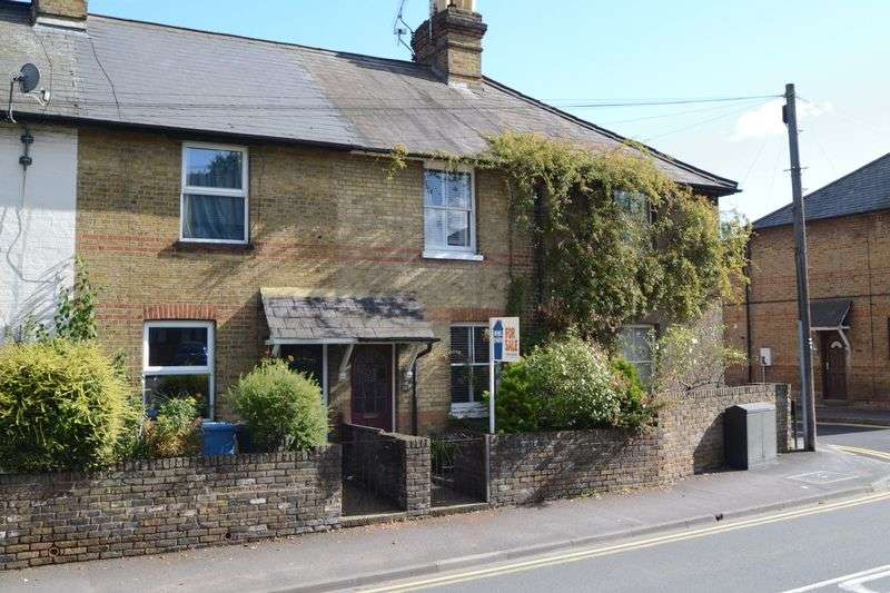 2 Bedrooms Terraced House for sale in Norden Rd, Maidenhead SL6 4AZ