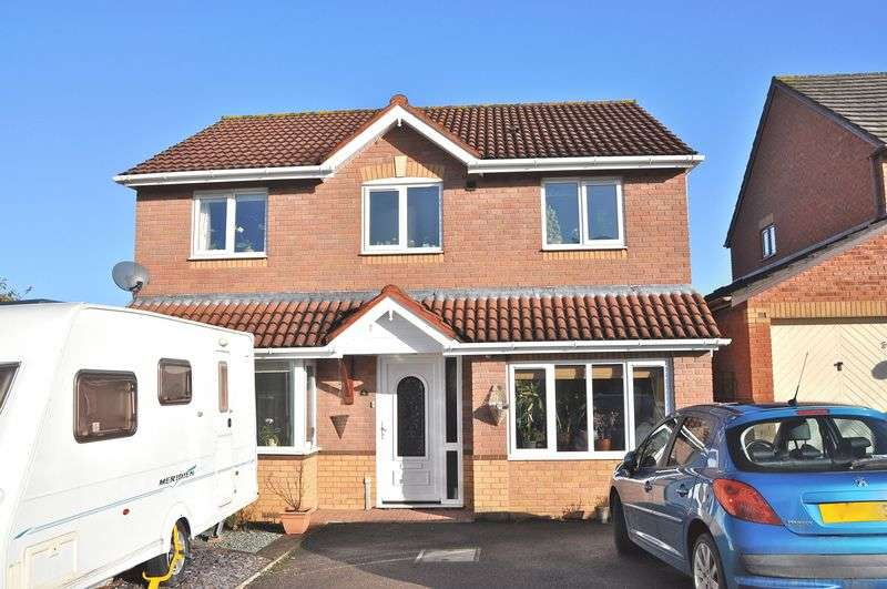 4 Bedrooms Detached House for sale in St Patricks Close, Evesham