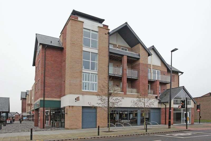 2 Bedrooms Flat for sale in Connaught Place, 300 Hale Road, Hale Barns