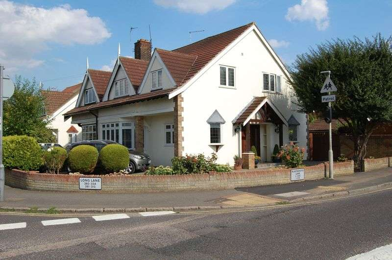 4 Bedrooms Semi Detached House for sale in North Grays