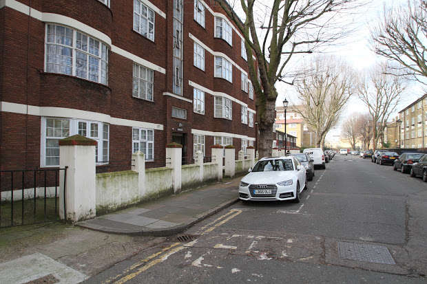 2 Bedrooms Property for sale in Alfred Street, London, E3