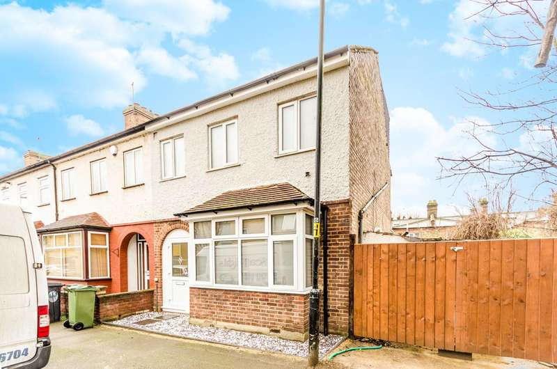 4 Bedrooms House for sale in Oster Terrace, Walthamstow, E17