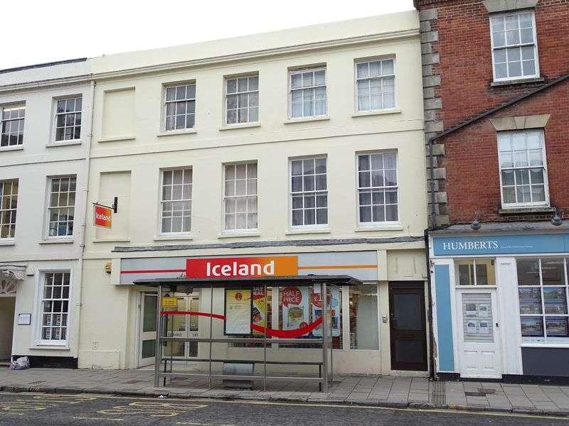 2 Bedrooms Flat for sale in Castle Street, Salisbury